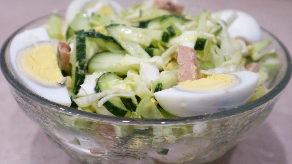 Праздничные салаты из печени трески.
